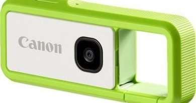 Canon IVY REC Carabiner style Digital Camera