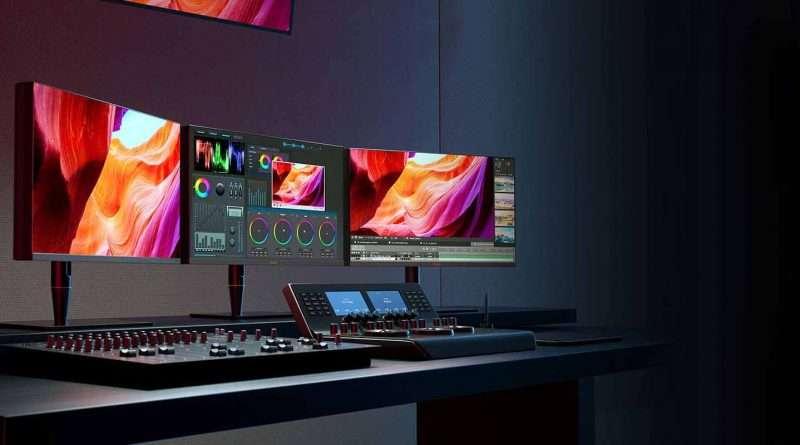 Best 32 inch true 10-bit monitor for color grading in Davinci Resolve